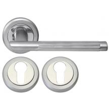 Дверна ручка RDA Milano 5250 з накладками під ключ матовий хром